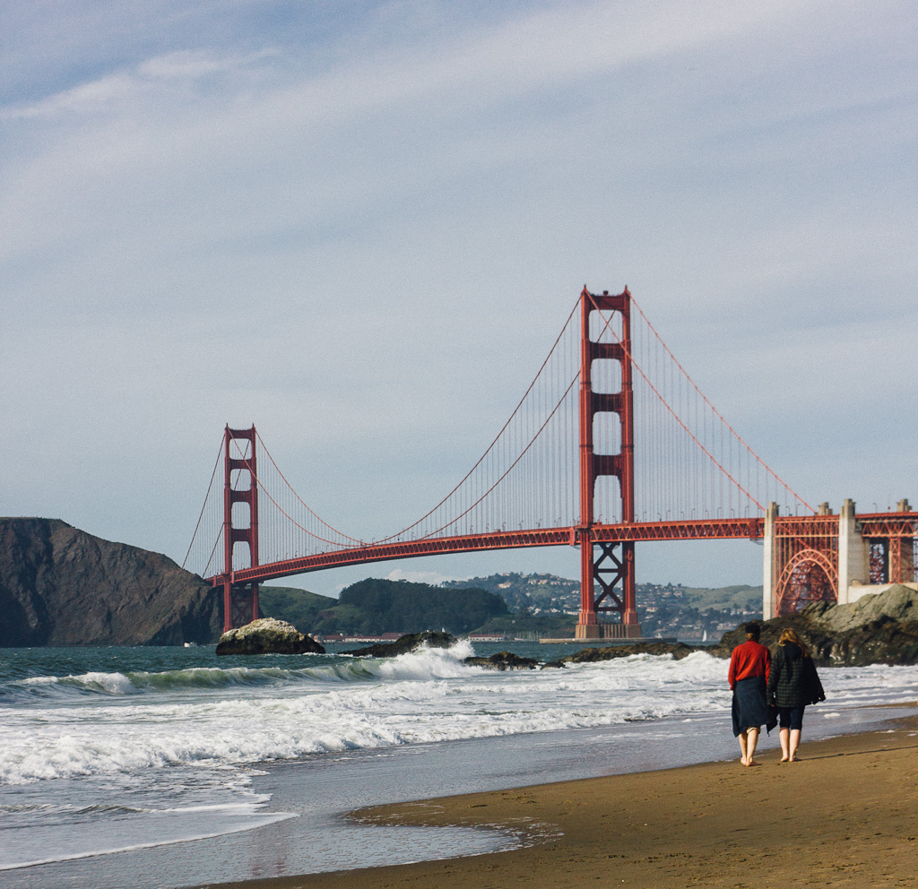 See the Golden gate bridge on a short layover in San Francisco, 5 hours layover in San Francisco