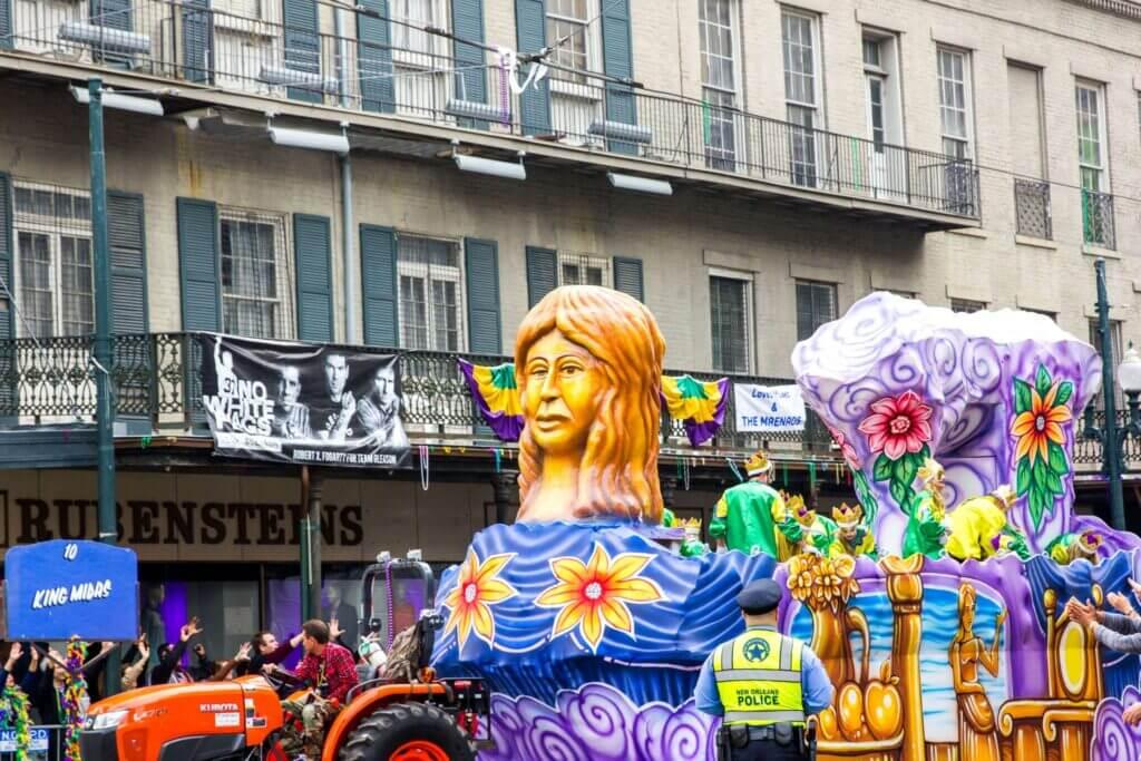 Mardi Gras tips, Mardi gras new orleans, Mardi gras best parades Mardi gras parade schedule