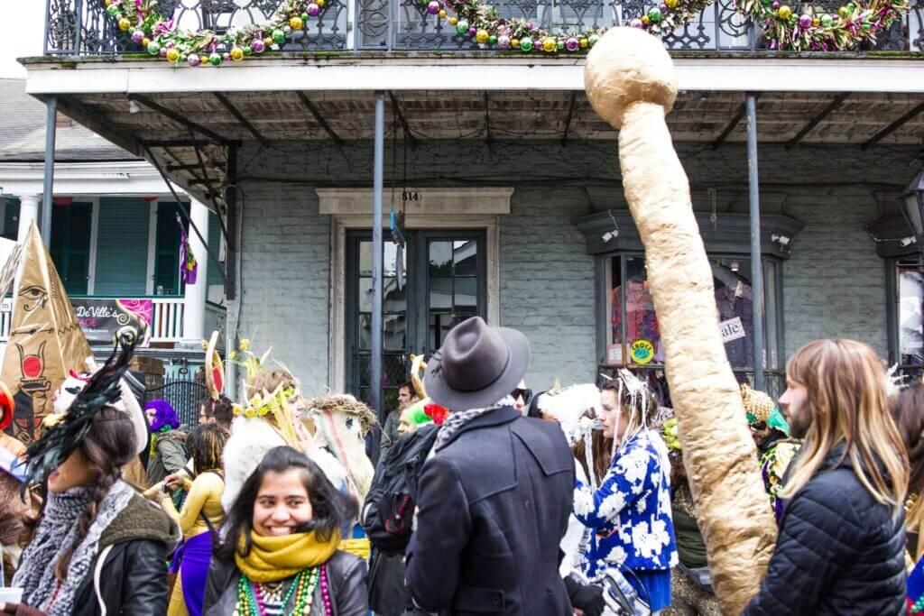 Mardi Gras tips, Mardi gras new orleans, Mardi gras survival tips, Mardi gras parade schedule, best Mardi gras parades