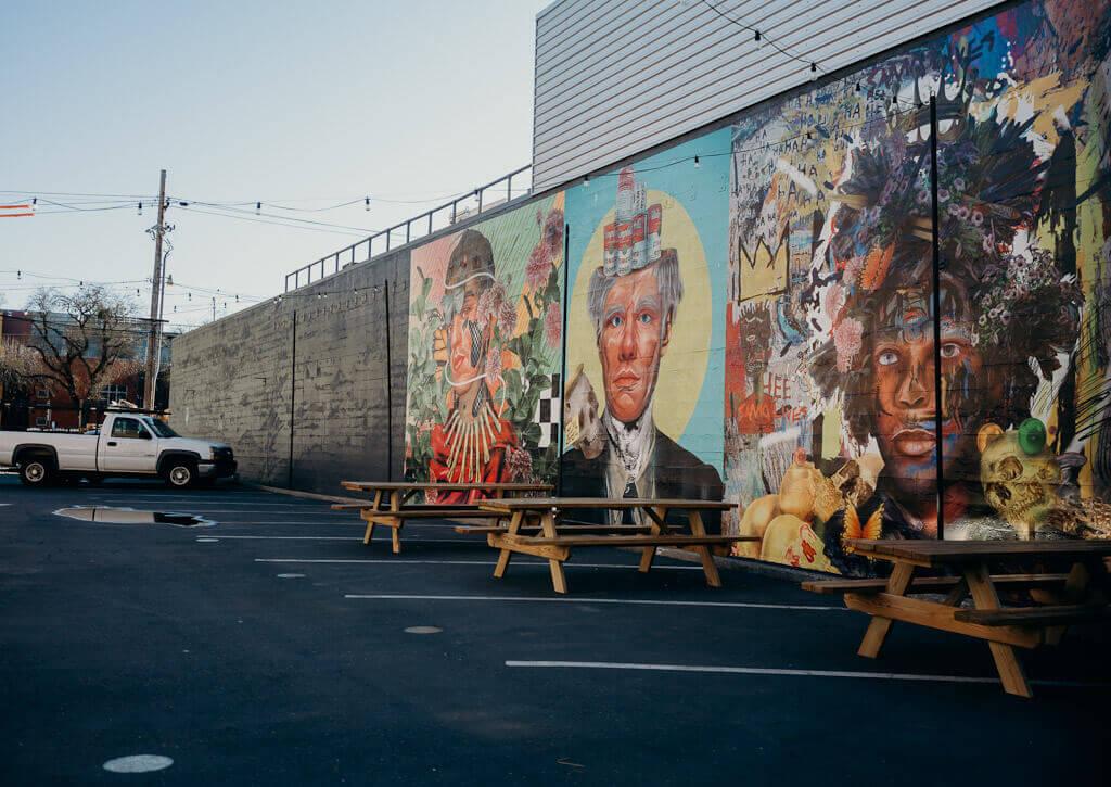 Sacramento murals guide-Andy Warhol, Frida Kahlo