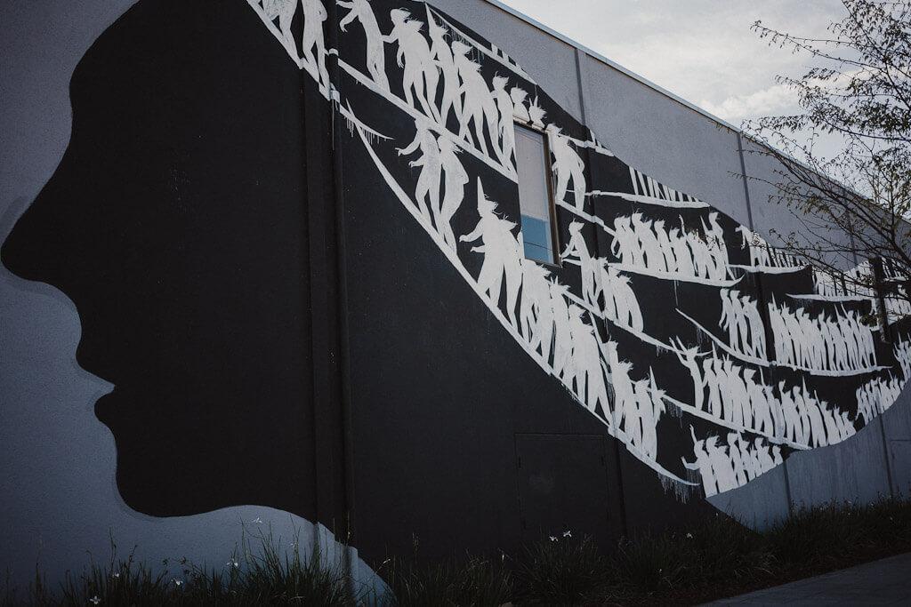 David de la Mano mural in Sacramento