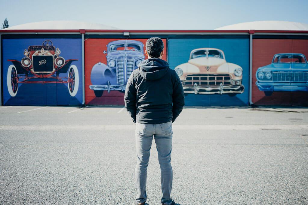 Vintage Cars mural in Sacramento
