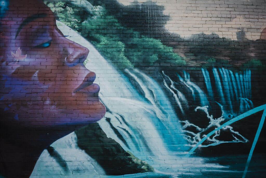 Kinetik ideas mural in Sacramento