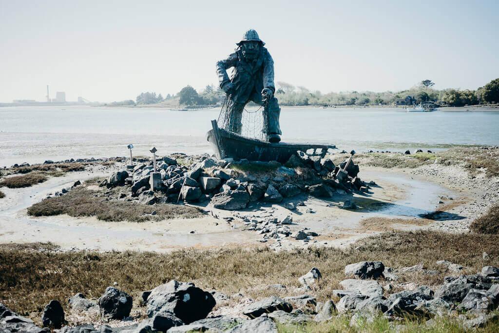 Fisherman statue at Woodley Island, Eureka