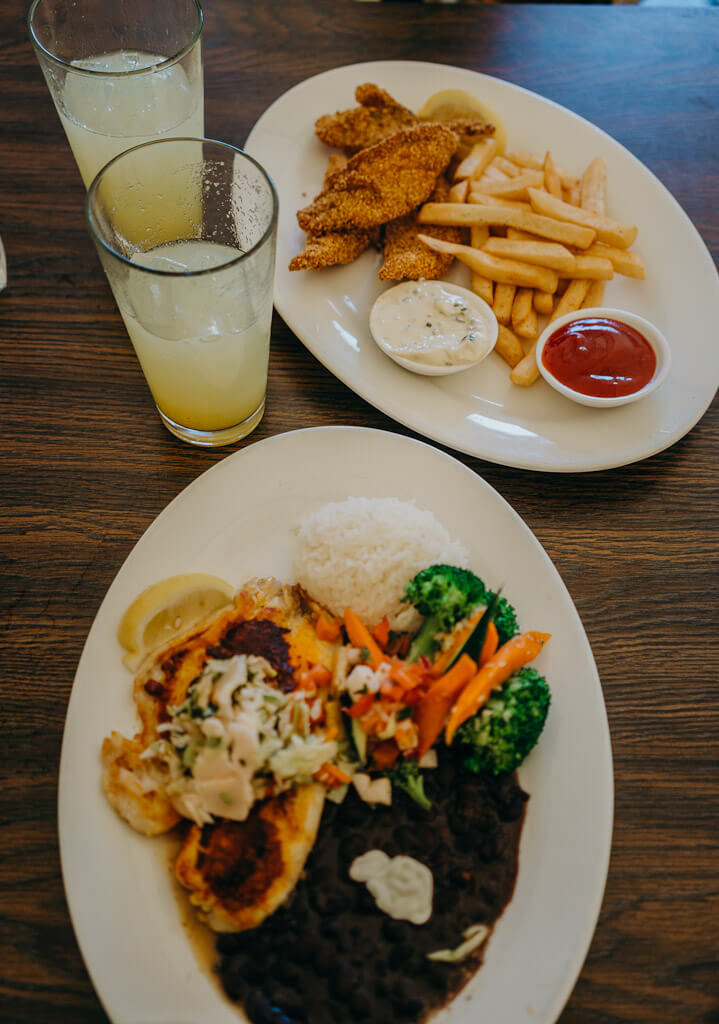 Pacific grove restaurants, seafood in Pacific Grove, where to eat in Monterey peninsula